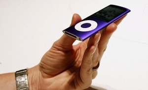 iPod nano - zaoblené sklo
